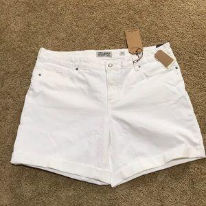 NWT! LUCKY BRAND Size 18W white Georgia shorts